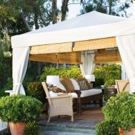 садовый шатер с циновками
