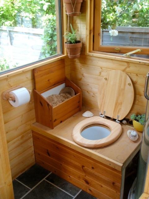 Красивый садовый туалет на даче - идеи дизайна, фото | Сажаем Сад