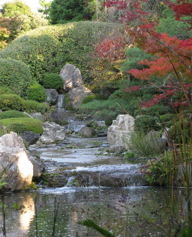 Что такое ручей и каскад в ландшафтном